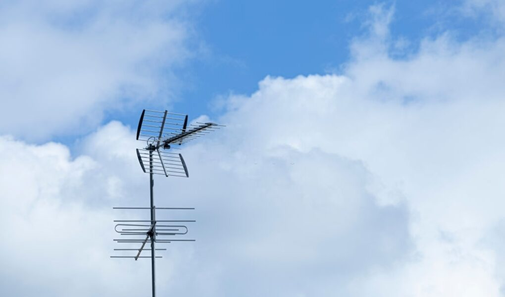 The 6 Best TV Antennas For Rural Areas